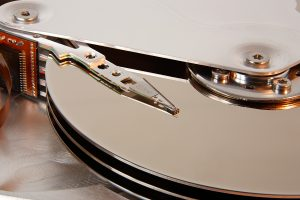 reading and writing to current magnetic hard drives