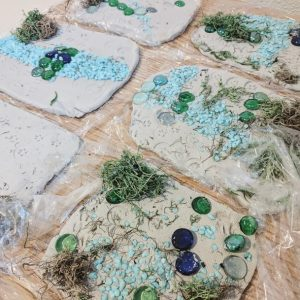 animal tracking activities for kids, clay with decoration and animal track story