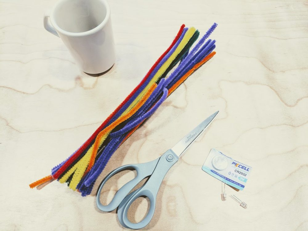 LED Mug Cozy: A mini electronics project kids can make for Mother\'s Day