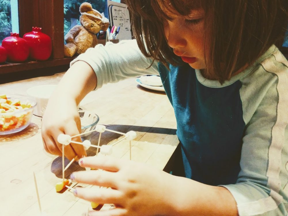 fall crafts for preschoolers - haunted houses