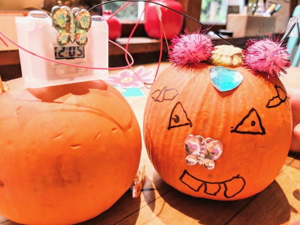 pumpkin clock is a great fall crafts for kids