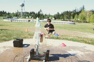 water rocket launcher with soda bottle rocket and fins